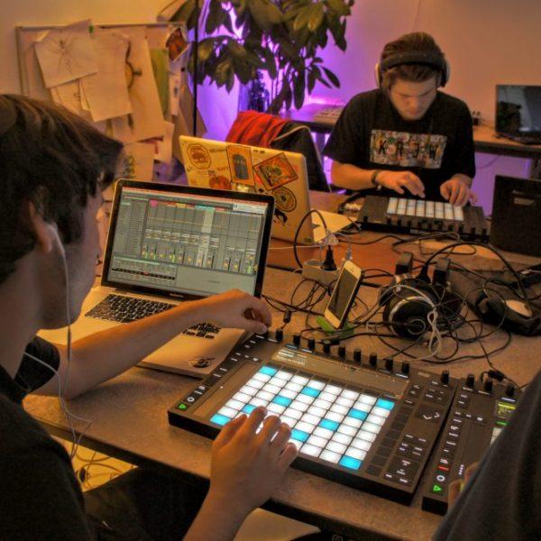 Undervisning i elektronisk musik hos Rumkraft